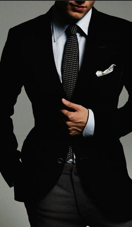 gradita cravatta nera