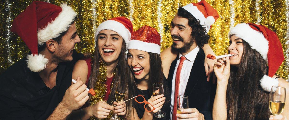 Matrimonio A Natale Come Vestirsi : Come vestirsi a natale consigli pratici cravatte italiane