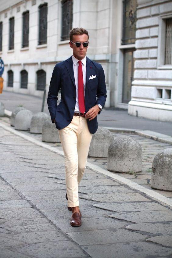 Come abbinare una cravatta rossa