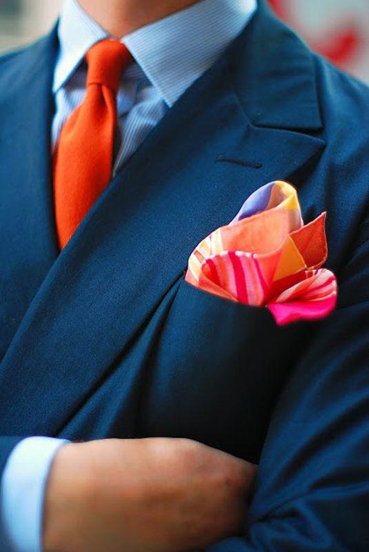 Cravatta e pochette arancione rosso