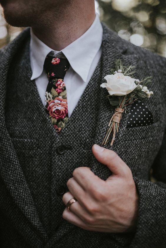 cravatta da sposo alternativo
