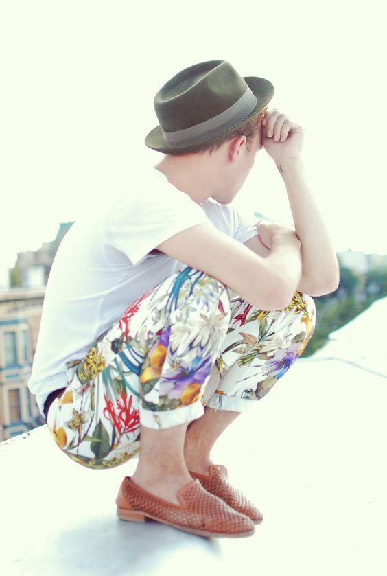 pantalone uomo a fiori
