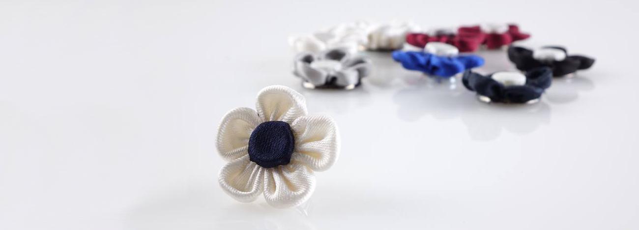 spilla fiore per giacca cerimonia donna