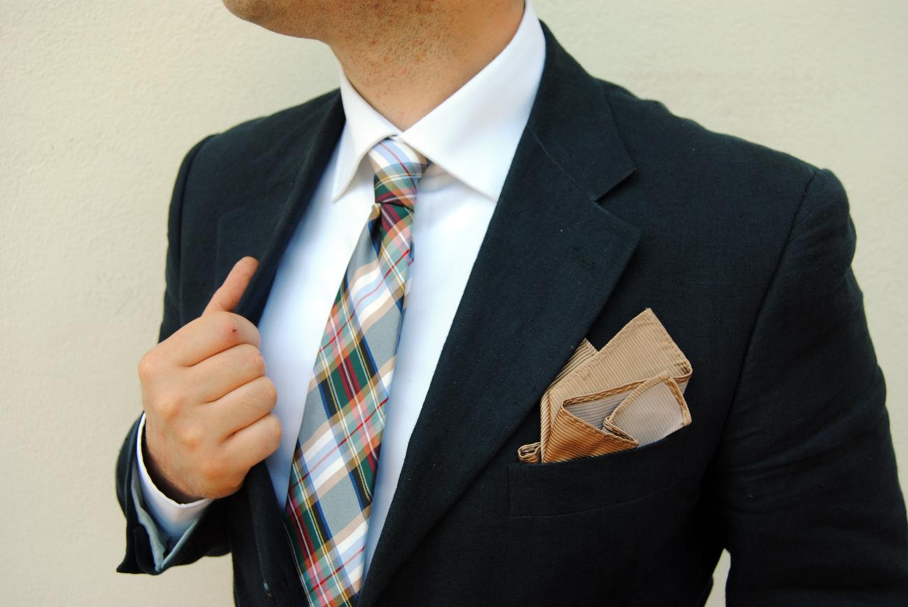 outfit cravatta sette pieghe