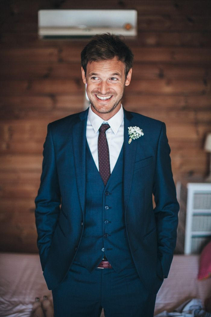 Invitato Matrimonio Uomo Come Vestirsi : Dress code da matrimonio: linvitato cravatte italiane