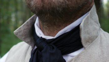 come_indossare_foulard_uomo