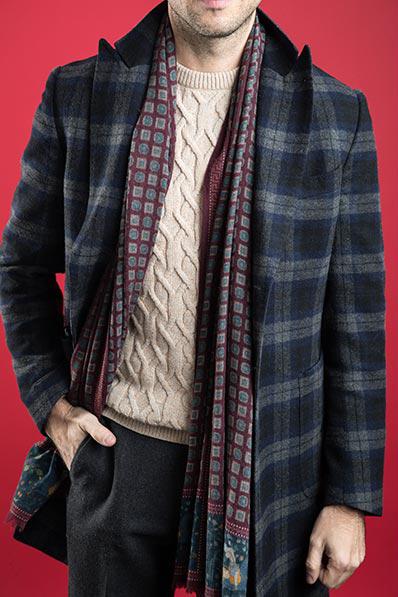 nodo sciarpa drappo semplice