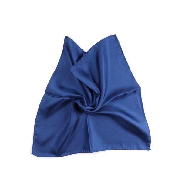 fazzoletto da taschino classic blue pantone 2020
