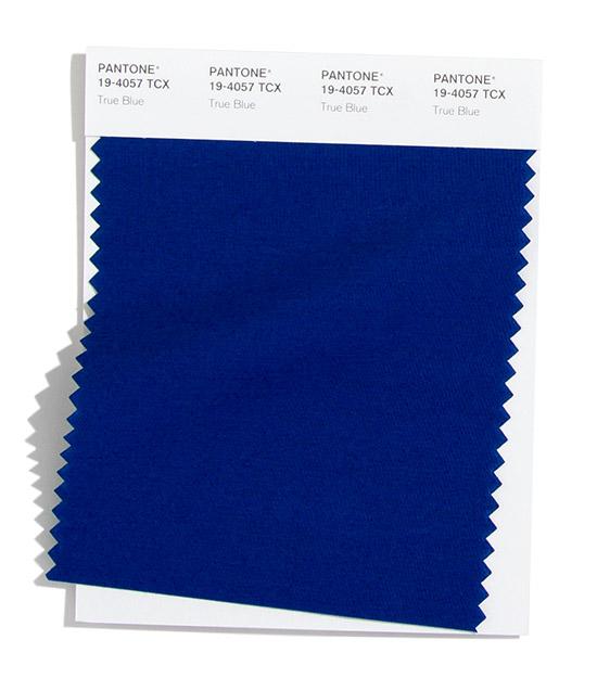 True Blue Pantone 2020