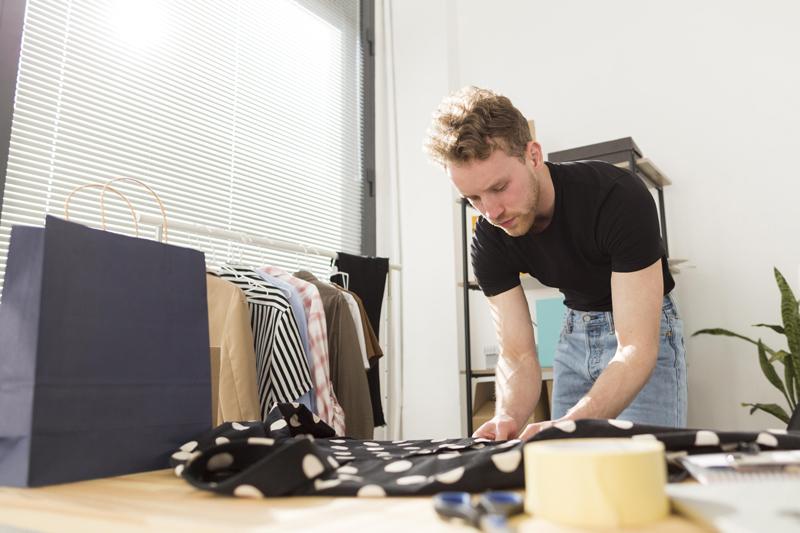 camicia uomo a pois moderno
