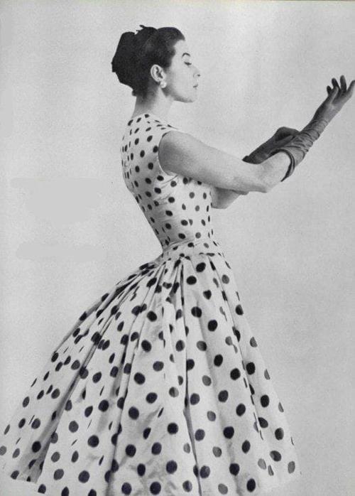 vestito donna a pois d'epoca