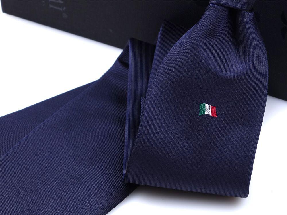cravatta blu scuro dm ties per fondazione tender to nave italia