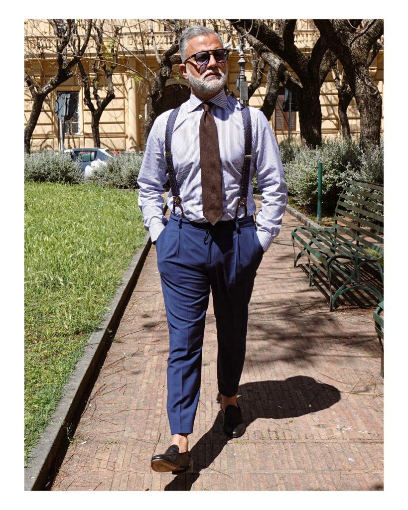 Cravatta in garza di seta denominata RUBINO indossata da Roberto De Angelis